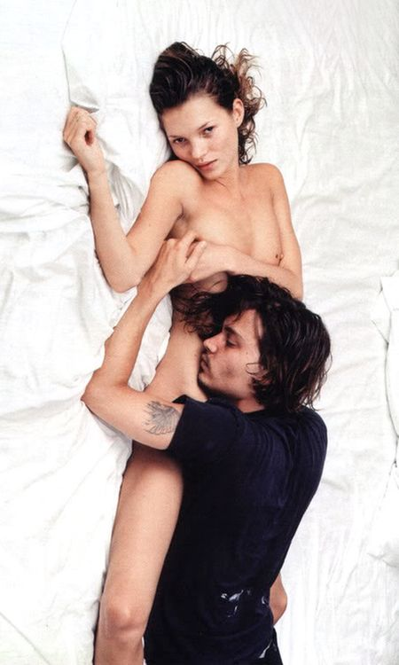 Kate Moss and Johnny Depp. I love how comfy they look!