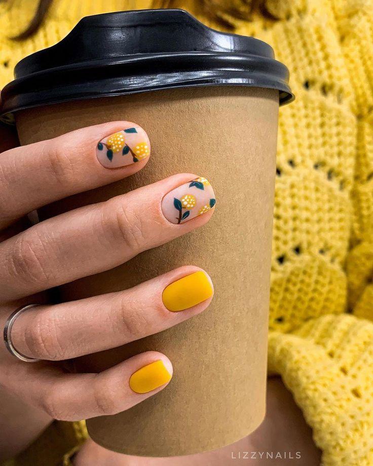 Что за фрукты? Апельсины, мандарины, а может облепиха? #маникюр #покрытие #дизайнногтей #ногти #нейларт #маникюр2019 #nails #nailart #nails2019 #nailsdesign #cutenails