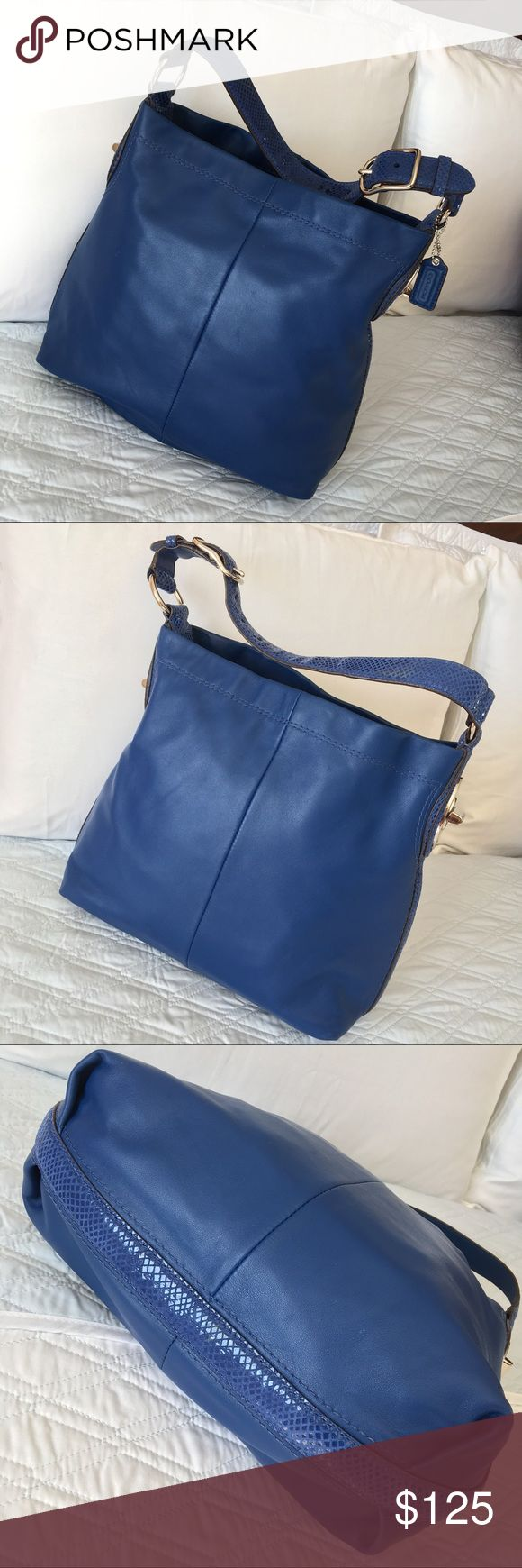 """Authentic Coach Leather Bag GORGEOUS 💕 Don't miss this beautiful leather Coach bag! Approximate measurements: (middle, laying flat) 13"""" x 13"""" x 4.5"""" Silver tone hardware and interior pockets. In very good condition (minor scratches/marks) NO TRADE ❌ Coach Bags"""