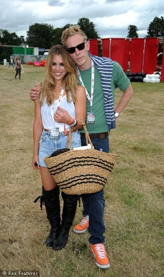 Billie Piper & Laurence Fox are too stinkin' cute together!!