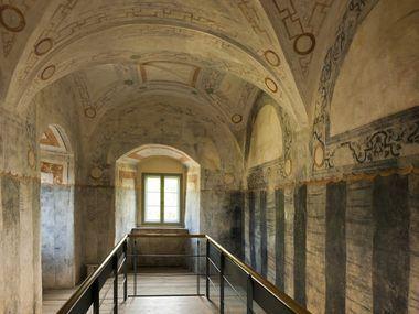 Die Burg Stolpen erzählt die tragische Geschichte Gräfin Cosel und entführt Sie in die wechselhafte Geschichte eine mittelalterlichen Burganlage.