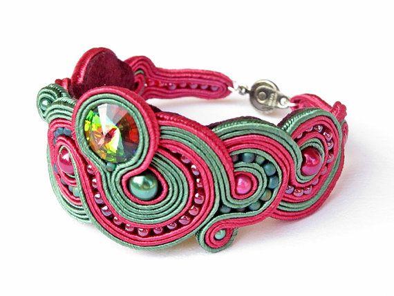 soutache bracelet with swarovski crystal vitral by EditBeadIt