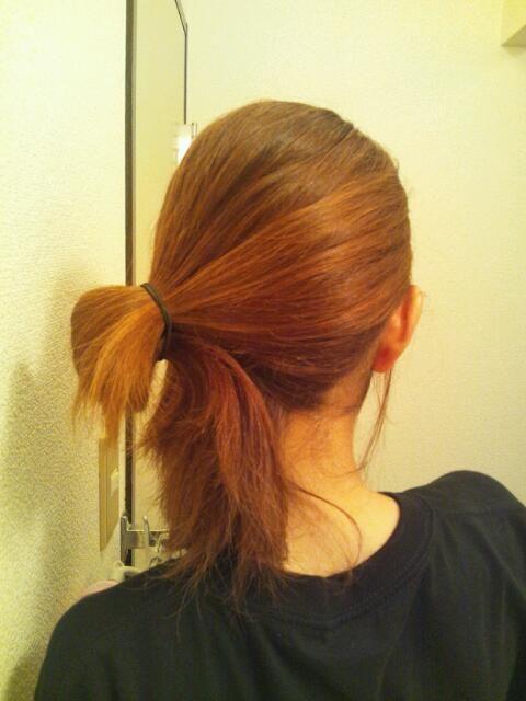 簡単で華やか♪ななめヘアアレンジのやり方♪ - プチぷら大好きママの ... 全体にスプレーをして完成♪