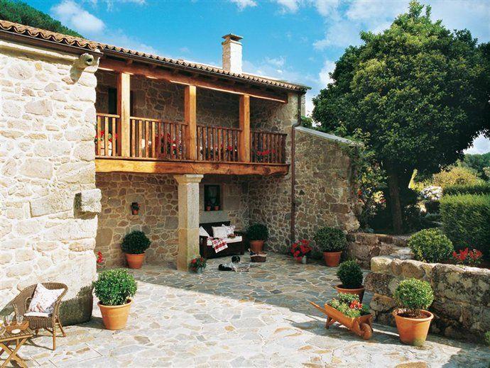 Los exteriores de una casa se orial gallega jardines - Exteriores de casas rusticas ...
