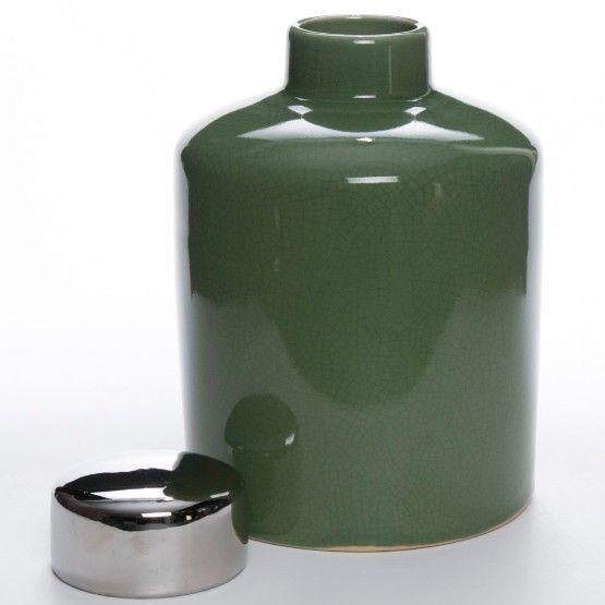O sofisticado e charmoso potiche Gales é produzido em cerâmica celadon na cor verde oliva. Ideal para decorar seu aparador, mesa lateral ou cômoda com muita elegância. #PoteDecorativo #Potiche #LojaSoulHome