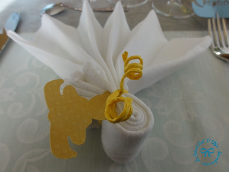 55 best pliage serviette images on pinterest napkin folding how to fold napkins and table - Pliage serviette costume ...
