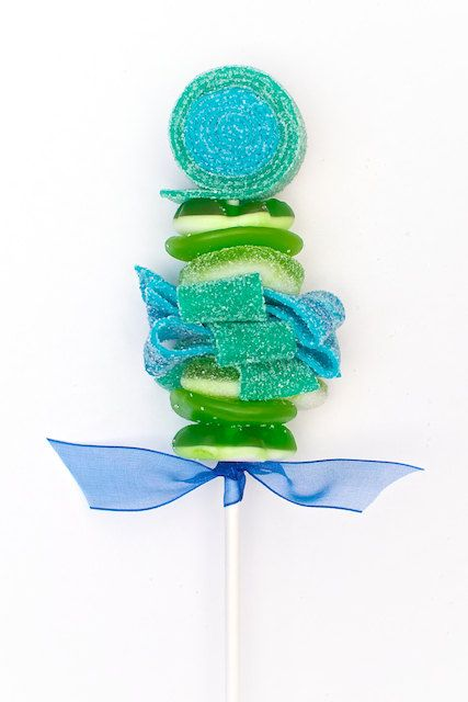 Mini Green and Blue Sweet Skewer by Sweets Indeed #candykabob #candyskewer #sweetskewer