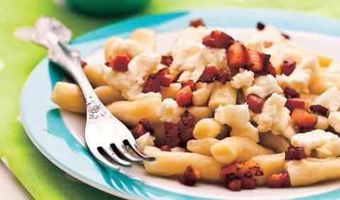 Šúľance s bryndzou a so slaninkou