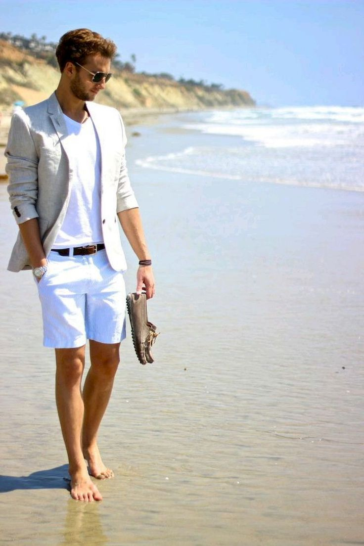 Beach stylish shorts outfits for men