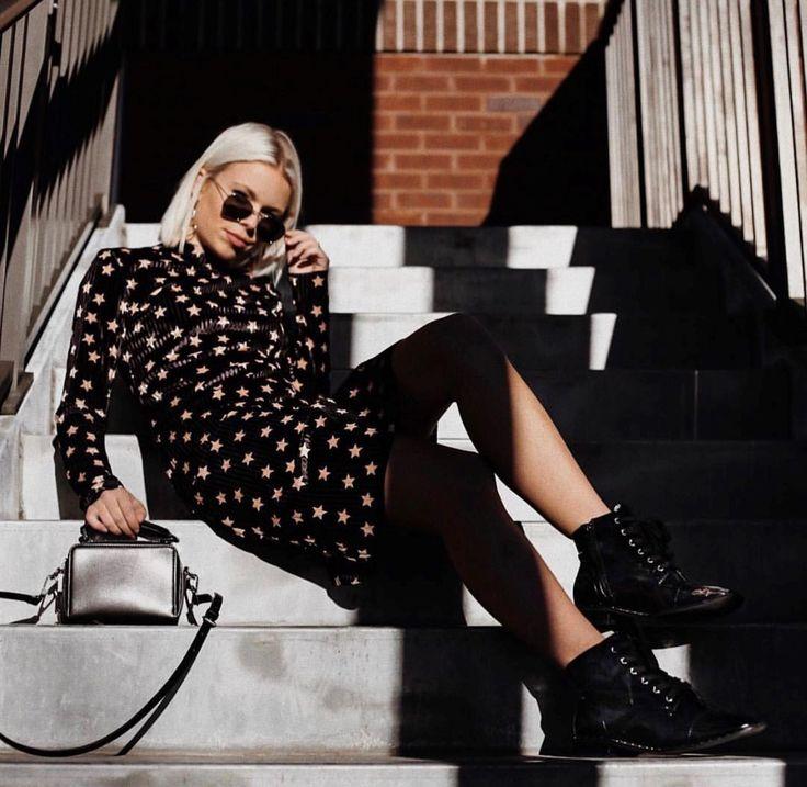 • Black Star Print Velvet Bodycon Midi Dress •