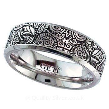 Geti Flat Titanium Zentangle Ring