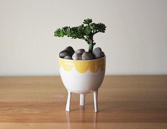 Large Yellow Scalloped-Edge Planter with Legs / on by Beardbangs
