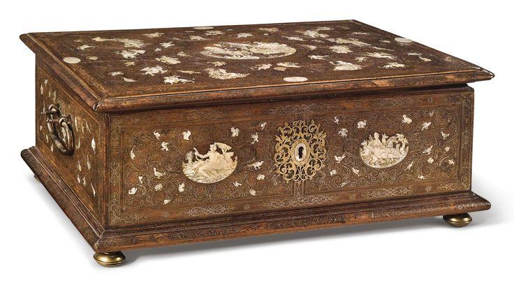 1533 best images about box on pinterest auction enamels and work of art. Black Bedroom Furniture Sets. Home Design Ideas