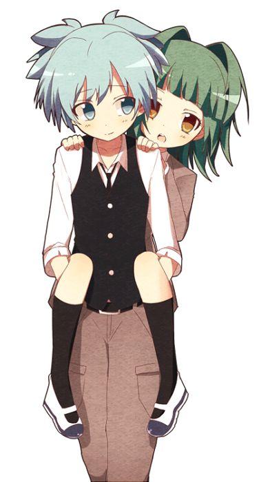 kaawaaiiiiiiii!!!!!! kayano on the back of Nagisa, o cute together!