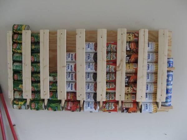 Eine tolle Idee wie man Dosen/Konserven Vorräte praktisch aufbewahrenkann!