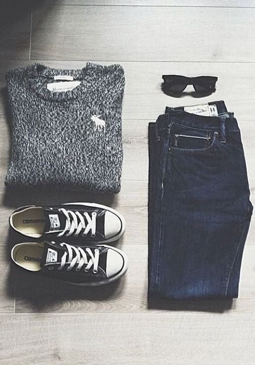 Casual outfit inspiration - jeans and converse create the perfect summer style. @veronicalewi