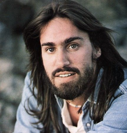 Omg ... Dan Fogelberg ... What a crush I had on him in college ! Eyes you could get lost in....Love this picture of Dan ... Gone too soon, but your beautiful music will live on for the ages.