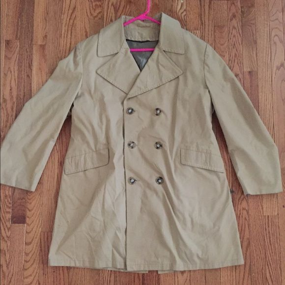 Tan Trench Coat. Impeccable condition Tan Trench Coat. Impeccable condition. Detachable faux fur liner. High quality Anderson Little Jackets & Coats Trench Coats