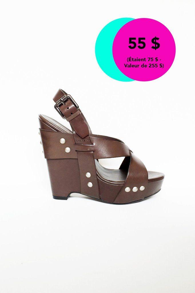 Sandales à semelles compensées - neuves
