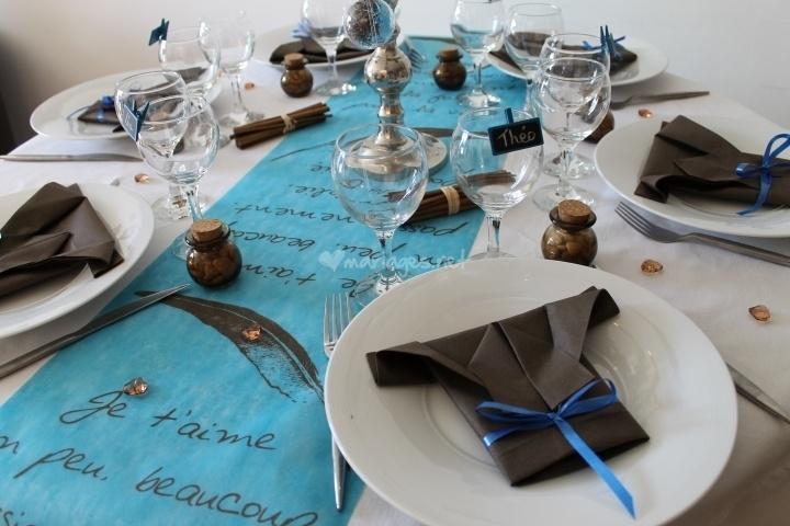 1000 images about pliages de serviette napkin folding. Black Bedroom Furniture Sets. Home Design Ideas