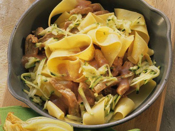 Schweinegeschnetzeltes ist ein Rezept mit frischen Zutaten aus der Kategorie Schwein. Probieren Sie dieses und weitere Rezepte von EAT SMARTER!