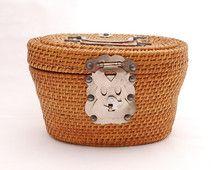 Vintage Asian Tea Basket - Basket Purse Handbag - Picnic Basket - Silver Metal Hardware Fish Closure - Personal Lunch Box - Mid Century