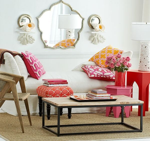 I NEED that mirror!!!    33 Moroccan Living Rooms That Bring Home An Exotic Flavor Of Vibrant Hues