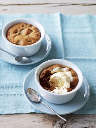 If you love a gooey chocolate chip cookie this is the dessert for you