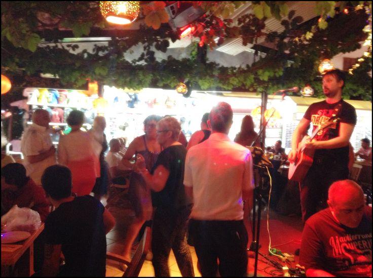 #livemusic  #dancing  #holiday