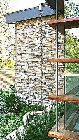 aluminum rain chain with modern architecture #waterchain #rainchain #chain