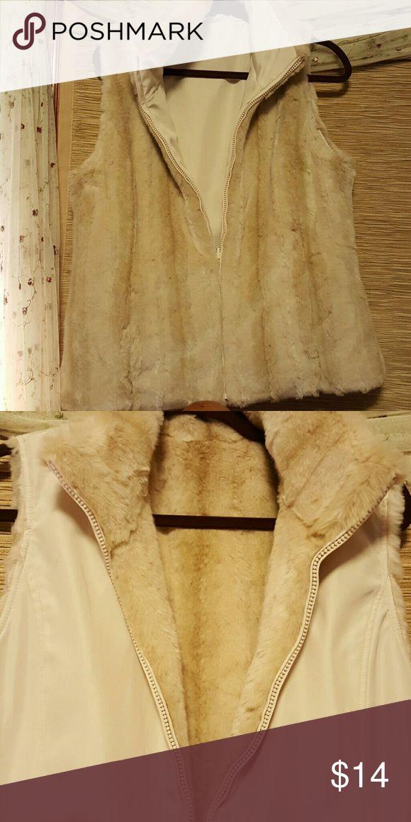 Reverseable faux fur vest Really cute cream color vest like new Jackets & Coats Vests