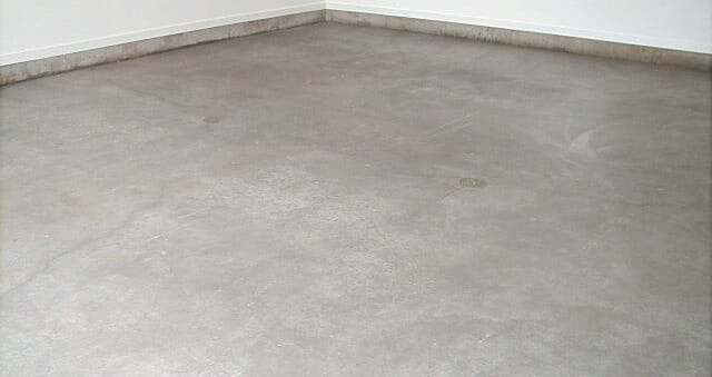 Why A Siliconate Penetrating Sealer May Be All You Need Concrete Garages Garage Floor Coatings Garage Floor