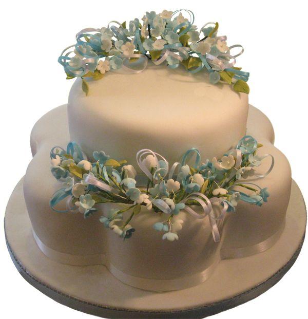 Blue Blossoms  #sugarflowers #sugarart #sugarcraft #cakeart #cakedecorating #sugarflower #cakeartist #sugarpaste #sugarartist #gumpaste