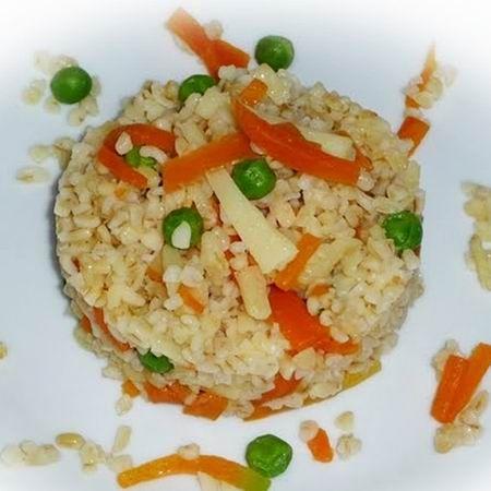 Egy finom Zöldséges bulgur ebédre vagy vacsorára? Zöldséges bulgur Receptek a Mindmegette.hu Recept gyűjteményében!