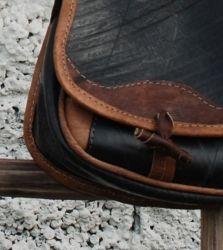 Veske av resirkulert dekk / bag made of used tyres