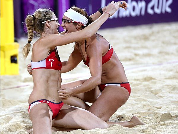 Misty May-Treanor & Kerri Walsh Are Queens of the Beach : People.com