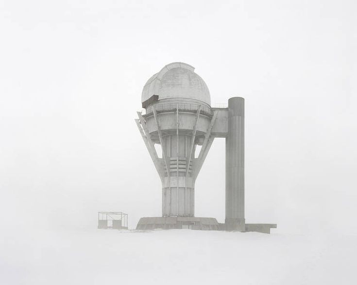 """""""Restricted Areas"""": Danila Tkachenko fotografiert verfallene Symbole der einst so mächtigen Sowjetunion  Die Sowjetunion war einst ein mächtiger Staat und der große Widersacher der USA im Kalten Krieg. So wie der Glanz vergangener Zeiten sind inzwisch..."""