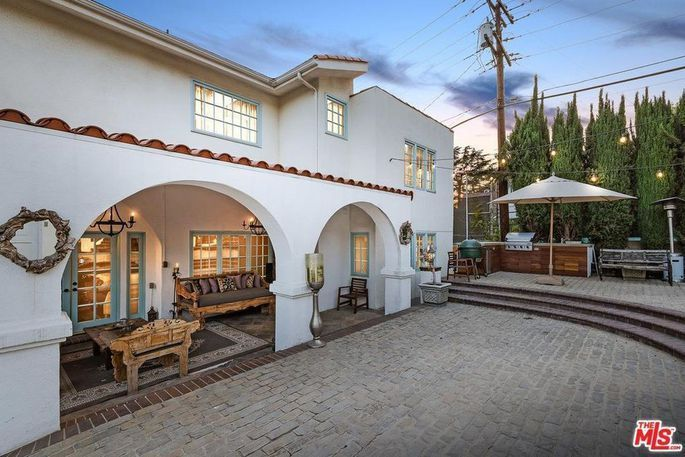 """Can she bring the buyers to the yard? """"Milkshake"""" singer Kelis has put her Spanish-style home in Glendale, CA, on the market for $2.2 million. via @realtor.com"""