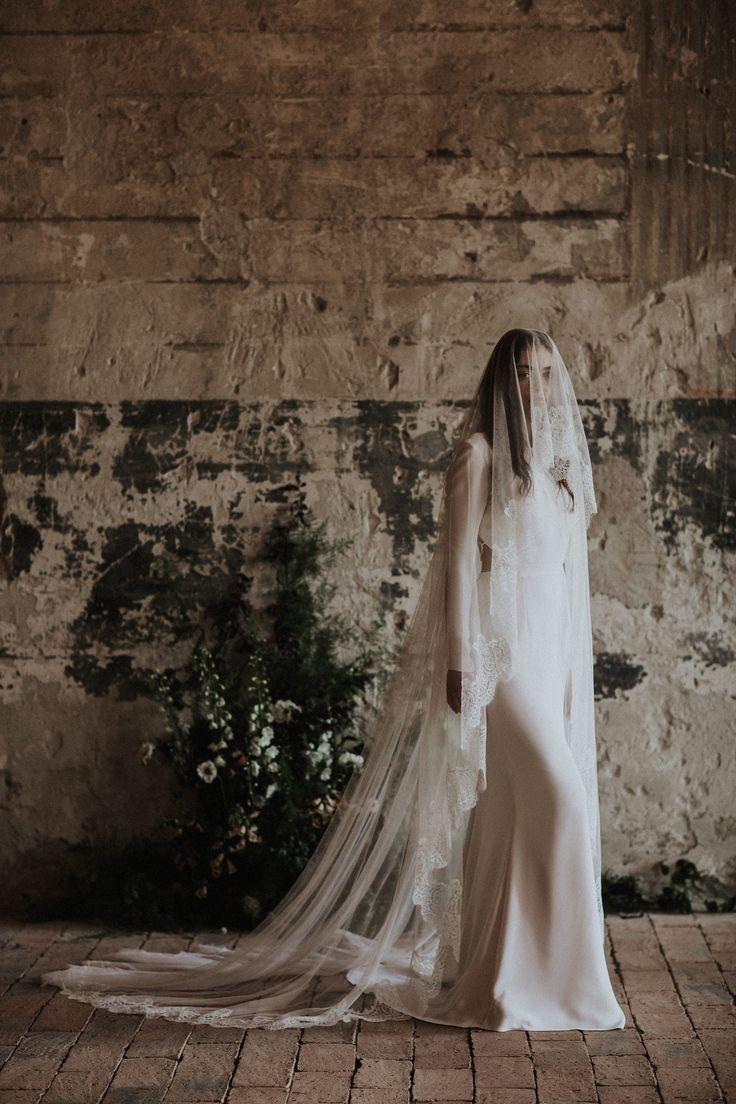 The Dune / Nora Sarman Bridal / photo Pinewood Weddings