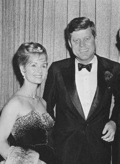 looks like Debbie Reynolds with JFK to me...is it Jackie??