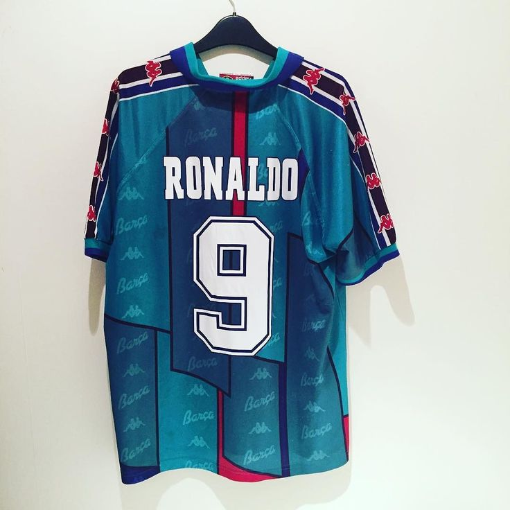 1995-97 Barcelona away shirt L (Ronaldo 9) - class kappa Barcelona shirt with the phenom Ronaldo on the back. Buy now on http://ift.tt/1dRUZVs #football #footballshirt #footballshirtcollective #soccer #soccershirt #kappa #kappafootball #fcb #fcbarcelona #barca #barcelona #noucamp #phenom #ronaldo