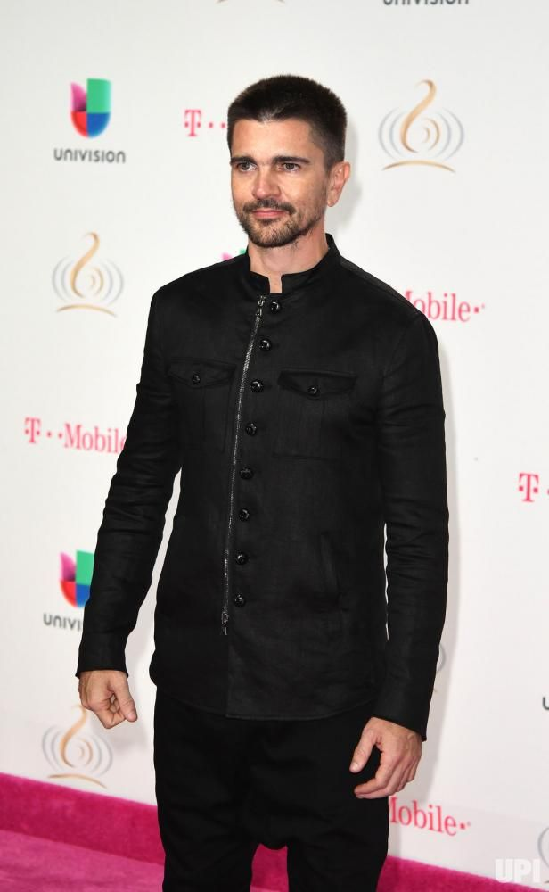 Latin artist Juanes walks the red carpet at the Univision 2017 Premio Lo Nuestro a La Música Latina show at the American Airlines Arena in…
