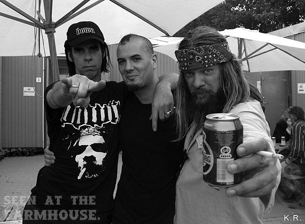 Nick Cave with Phil Anselmo and Pepper Keenan