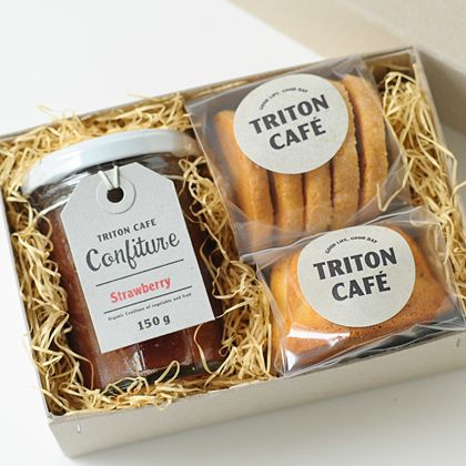 TRITON CAFE ESPECIAL CAJA dulce mini- It would be so cute to have to-go treats for gifts!