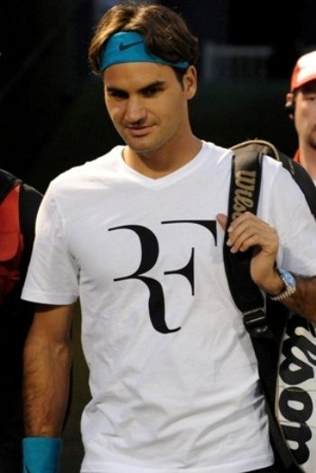 Roger Federer at Rogers Cup 2009 by Tennis Canada, via Flickr