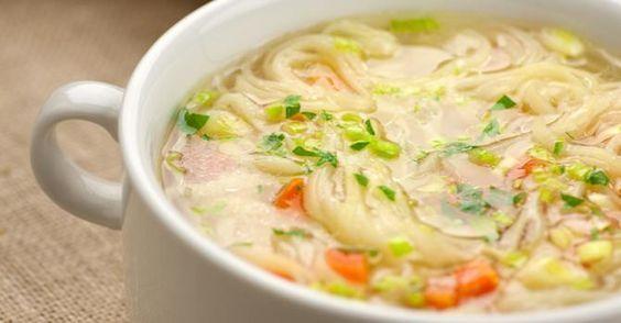 Recette de Soupe rassasiante de nouilles aux poireaux. Facile et rapide à réaliser, goûteuse et diététique. Ingrédients, préparation et recettes associées.