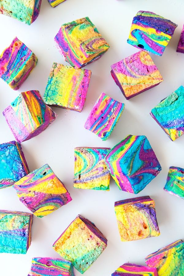 Colorful and fun, these tye-dyed marshmallows are great for parties and for those special S'mores recipes!