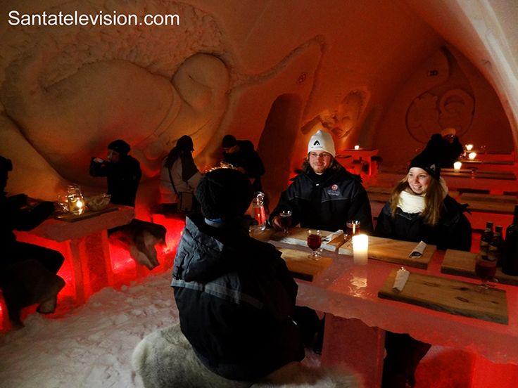Ледяной ресторан в Арктик Сноу Отеле в Рованиеми, Лапландия, Финляндия