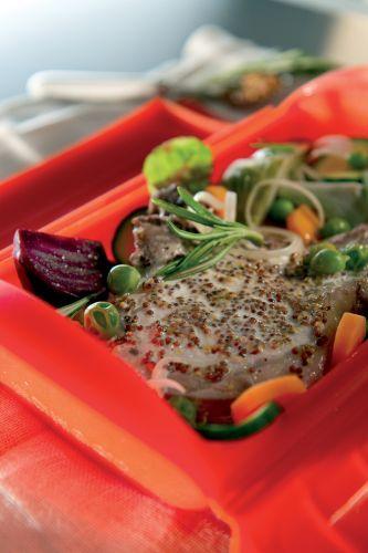Chuleta de cerdo con mostaza a la Antigua   Estuches y moldes Lekue a la venta aquí: http://www.cornergp.com/tienda?bus=lekue
