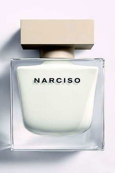 The new Narciso Rodriguez perfume is A Cool, Sensual Smell Inspired by Greece. It has a musk base with woody vetiver, amber, and dark and white cedars. There are delicate notes of gardenia and Bulgarian rose, giving it a powdery top note creating a balanced scent.